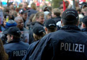 Jedes Jahr bewerben sich hunderte Bewerber auf Stellen bei der Polizei