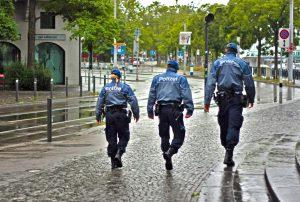 Bei der Polizei gibt es strenge Vorgaben was das Mindest- und Höchstalter von Polizeibeamten angeht